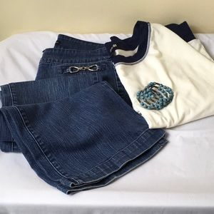 NYC Jeans - 🔥NYC Med Wash MOM Jeans Boot Cut Chain Accent